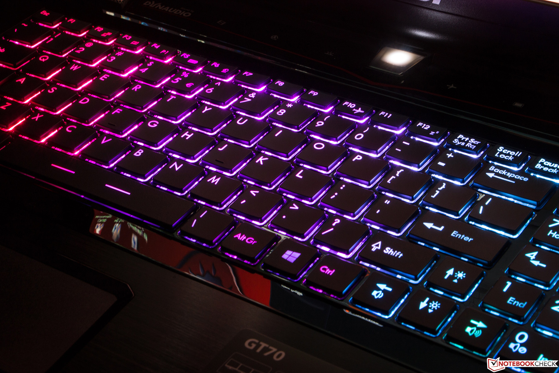 Review Msi Gt70 2pe 890us Gaming Notebook Notebookcheck