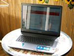 Sony Vaio VGN-FE31B Outdoors
