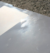 High-gloss surfaces - sensitive to fingerprints