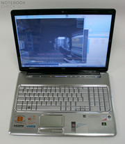 The HP Pavilion dv7-1050eg respectively the dv7-1045eg is a Centrino 2 based multimedia laptop ...