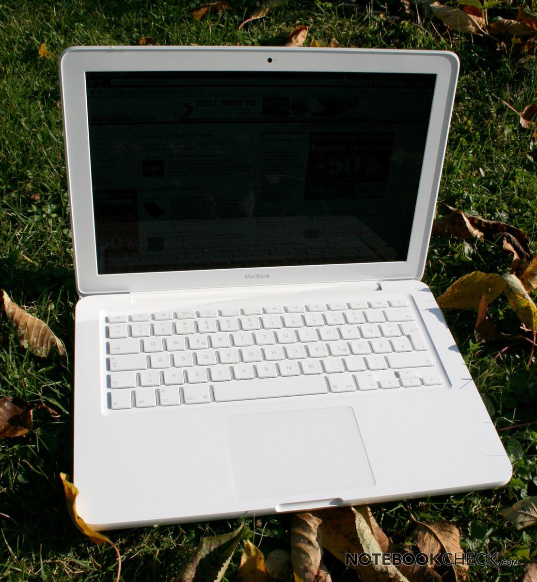Installed Samsung 850 Ssd In 2009 White Macbook: Review Apple MacBook 2010-05 Notebook