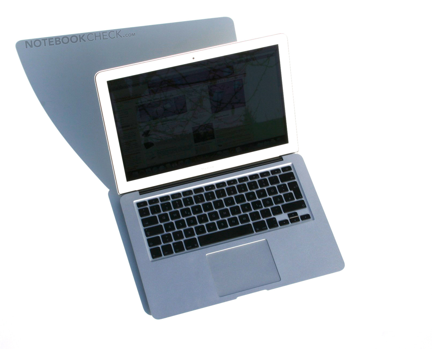 review of macbook air Apple's 2013 macbook air boasts new intel haswell processors for longer battery life, but with a lower clock speed techradar pro  11-inch macbook air review.