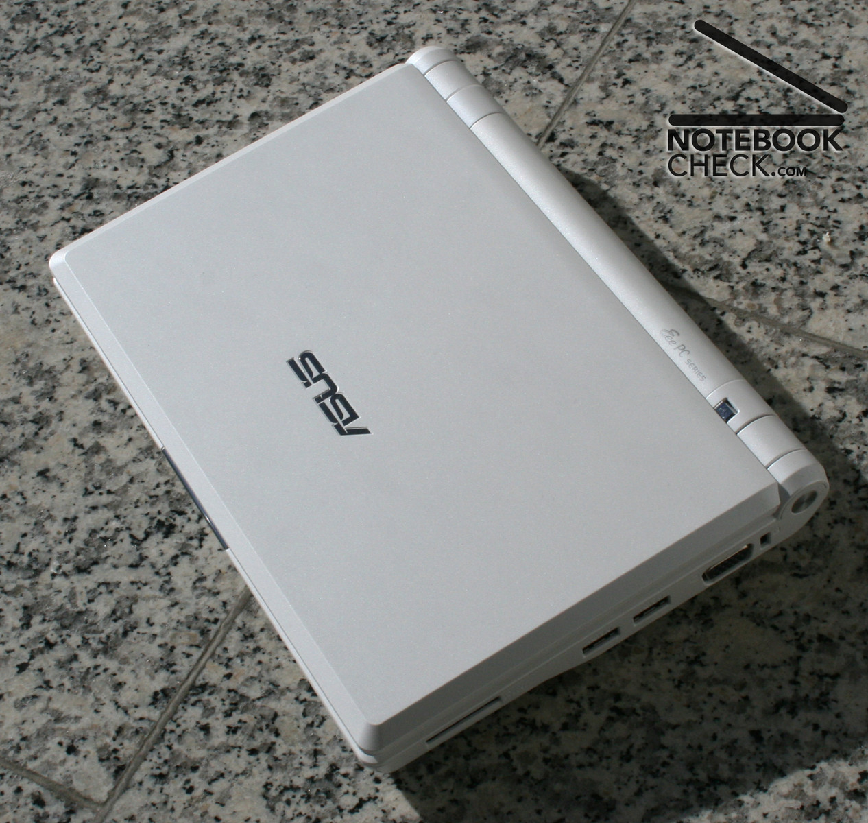 review asus eee pc family notebook reviews. Black Bedroom Furniture Sets. Home Design Ideas