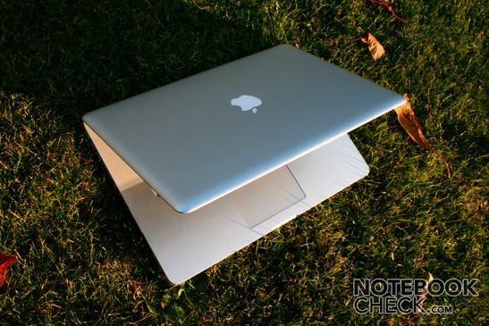 Apple MacBook Pro - small, light, beautiful, strong, reflecting