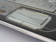 Even the touchpad is covered in chrome, which indeed affects the ergonomics somewhat, as the traction on the pad suffers as a result.