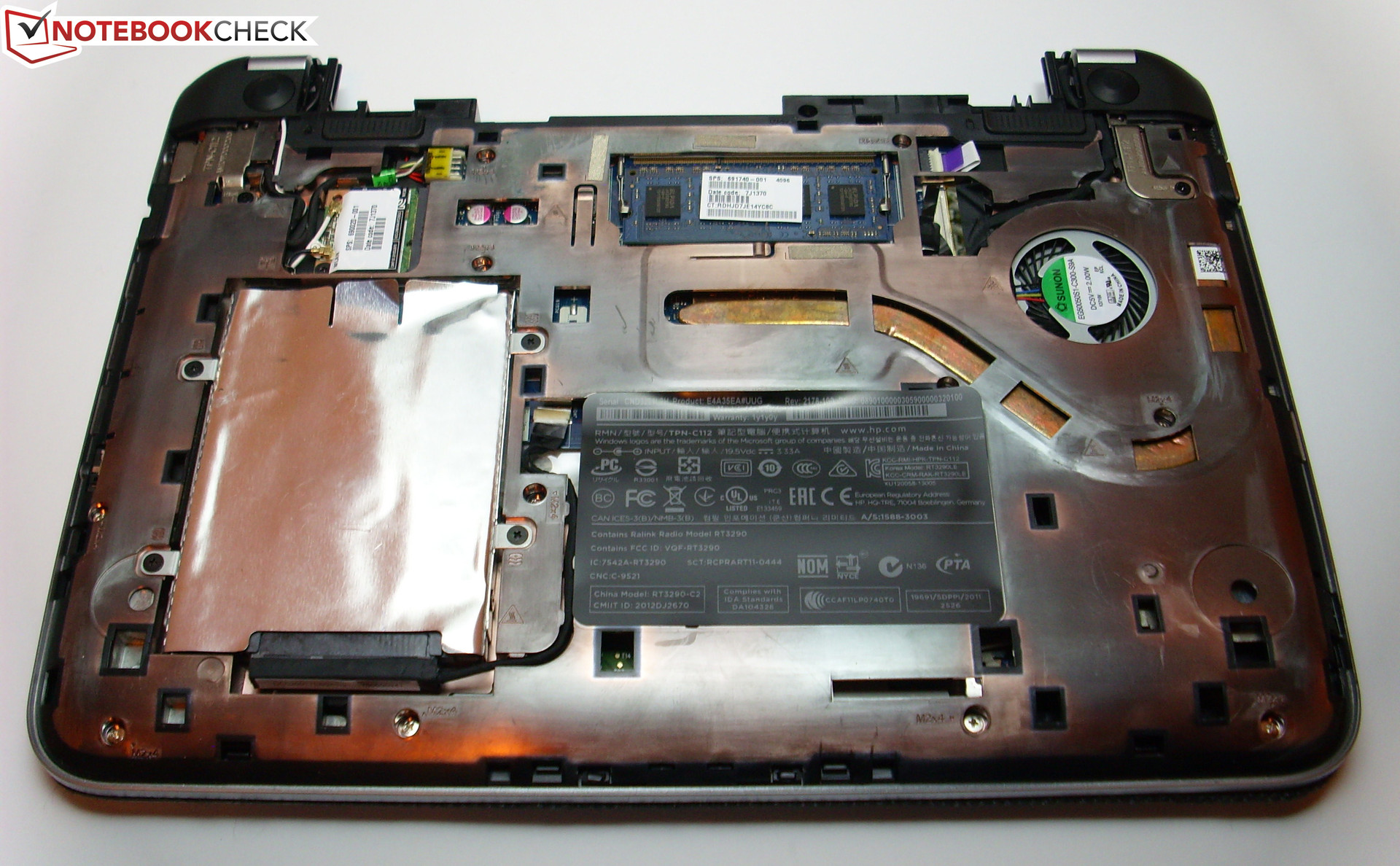 Inside the TouchSmart 11