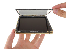 A lot of glue is used for the iPad Mini 3, maintenance is very difficult. (Picture: iFixit)