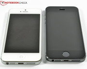 The chassis has remained unchanged when compared to that of the iPhone 5: