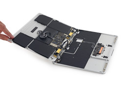 No maintainability or upgradeability (Source: ifixit.com)