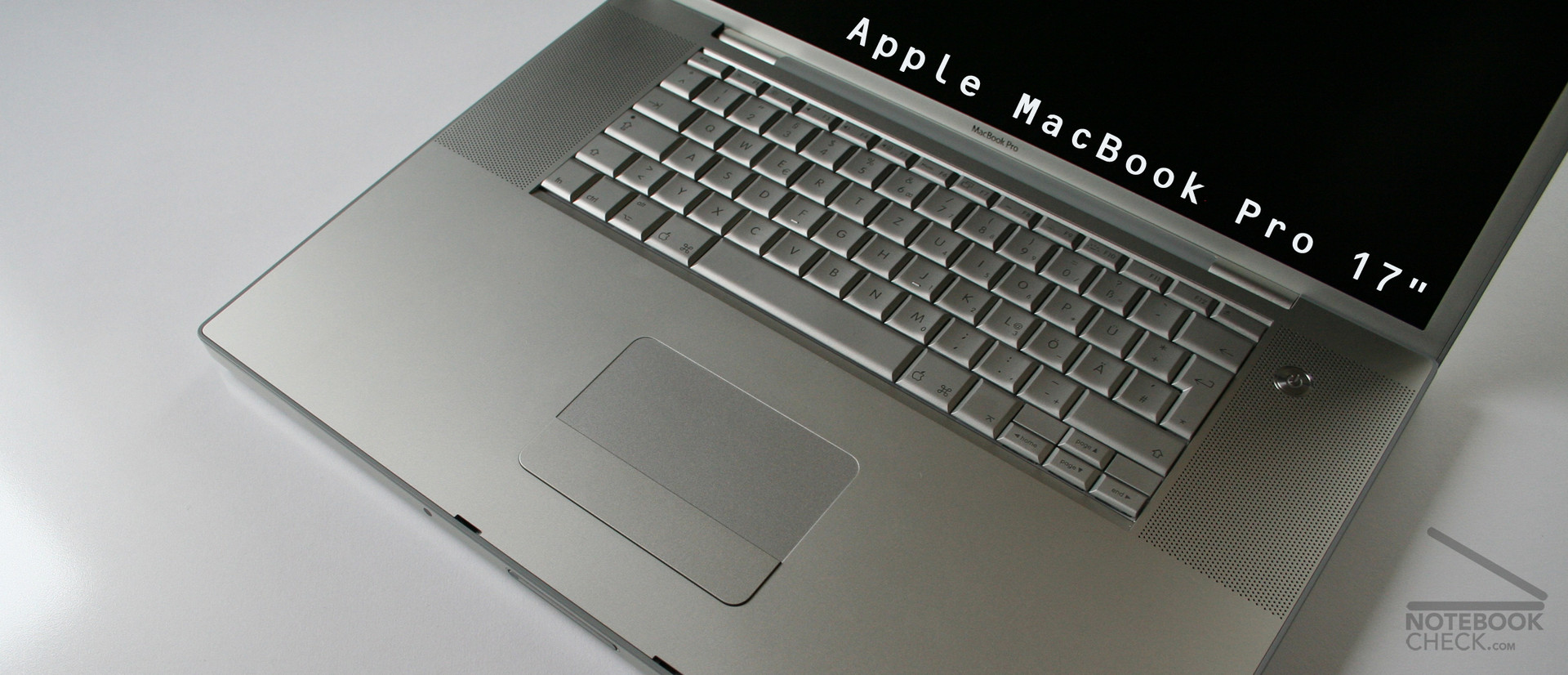 Review Apple MacBook Pro 17 inch - NotebookCheck.net Reviews