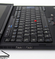 The keyboard also takes the familiar Thinkpad layout, along with its indiosyncracies.