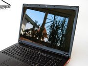 The new mySN XMG7 has a high resolution WUXGA screen built in, which only has only a moderate display brightness