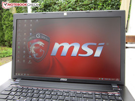 MSI GE70-2PCi785 outdoors