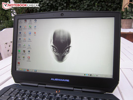 Outdoor use Alienware 13
