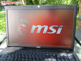 MSI GP70-2PEi545 outdoors