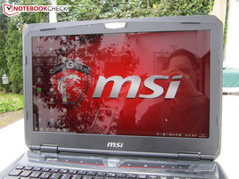 Outdoor usage MSI GT60-2PC81B