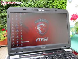 Outdoors: MSI GT70H-80M4811B