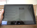 Taichi 31 in tablet mode outdoors
