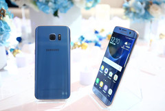 Samsung Galaxy S7 Edge Blue Coral Android flagship, Samsung's US sales expected to decline
