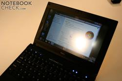 Touch screen with a semi-matt surface
