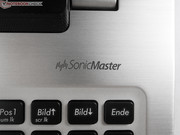 The speakers are powered by SonicMaster. Their sound is acceptable for laptop speakers though they audibly lack sound volume and bass.