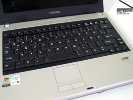 Toshiba Satellite U200 Keyboard