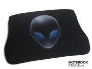 The typical Alien head is also flaunted on the high-end mouse pad
