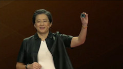 The AMD CEO shows off a Ryzen 3000 chipset live on stage as CES. (Source: YouTube)