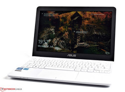 Asus VivoBook E200HA, test unit provided by Notebooksbilliger.de