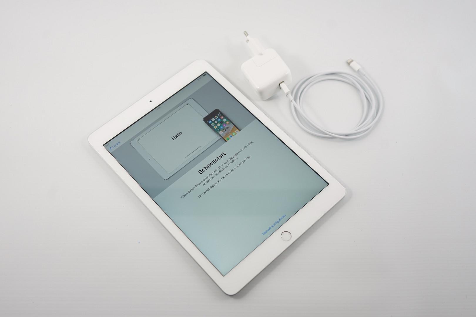 apple ipad 6 2018 tablet review reviews. Black Bedroom Furniture Sets. Home Design Ideas