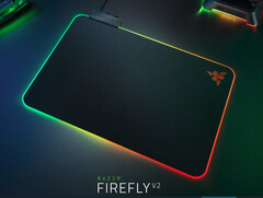 Razer Firefly V2: RGB gaming mousepad gets thinner and brighter (Image source: Razer)