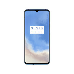 The small notch differentiates the OnePlus 7T from the OnePlus 7 Pro.
