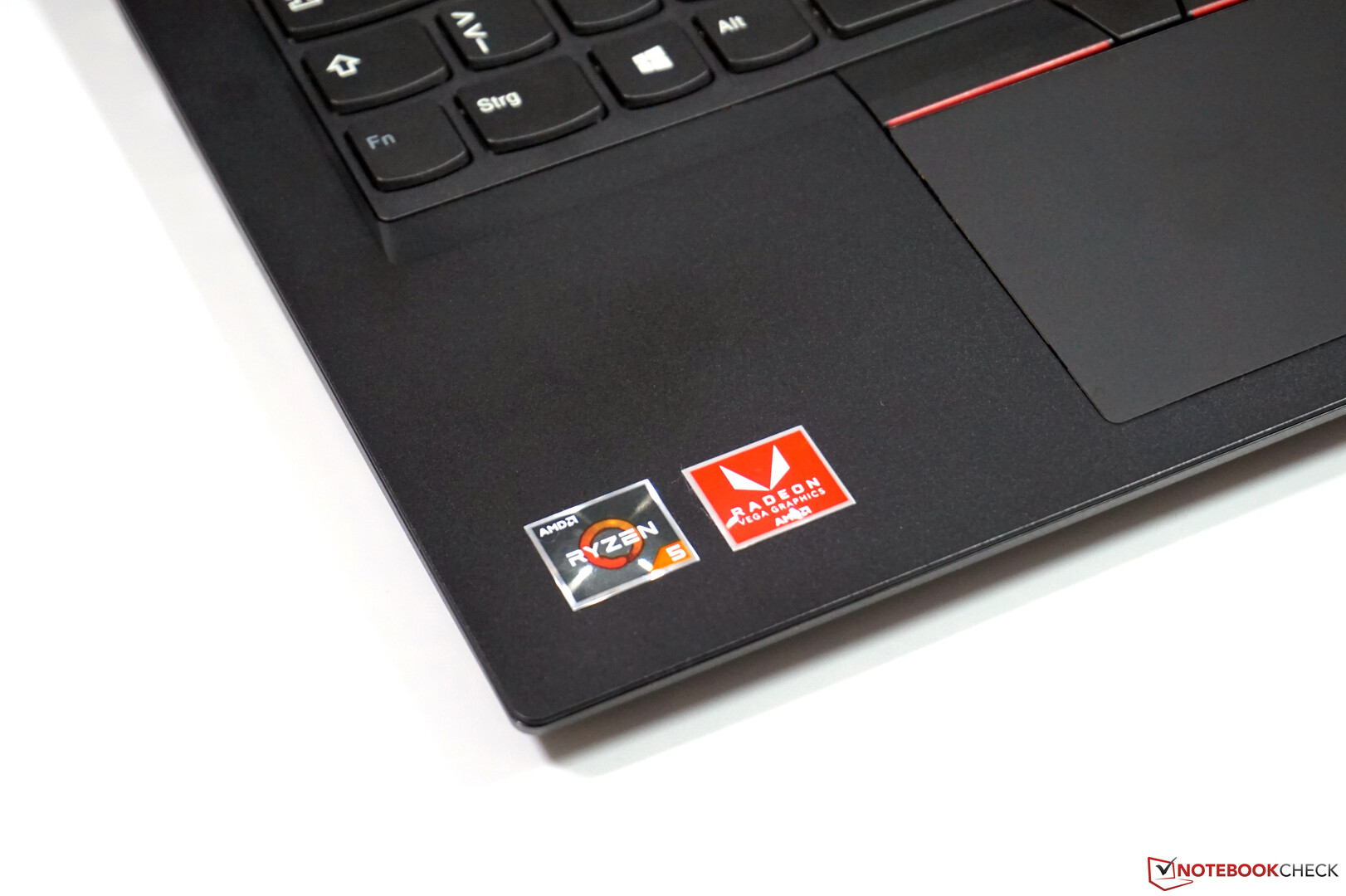 Lenovo ThinkPad E485 (Ryzen 5, Vega 8) Laptop Review