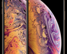 The iPhone XS Max (left) is estimated to cost Apple US$443 each in components. (Source: Apple)