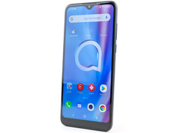 In review: Alcatel 1S (2020). Test device provided by TCL Germany.