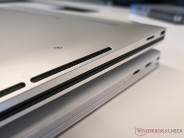 2019 XPS 13 (bottom) vs. 2020 XPS 13 (top). The newer design has speaker grilles along the side edges