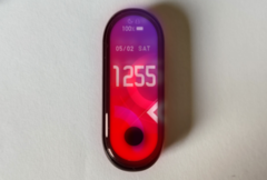 The alleged Xiaomi Mi Band 5 offers more screen real estate than its predecessor. (Image source: SlashLeaks)