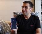 OPPO CEO Malhav Sheth presenting the new Realme 2 Pro (Source: Technical Guruji on YouTube)