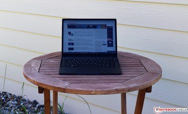 The Dell Latitude 7285 in the shade