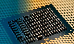 Intel will manufacturer its Comet Lake H and S series on its seemingly evergreen 14 nm FinFET process. (Image source: Intel)