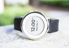 The Verily Study Watch has received FDA approval for its ECG monitor. (Source: Verily)