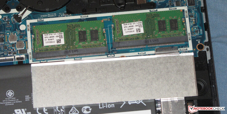 The convertible has two slots for working memory that run in dual-channel mode.