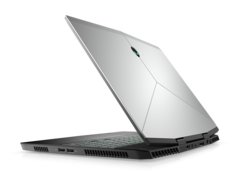 The Alienware m15 is able to run the Core i7-8750H at faster clock rates than most other gaming laptops
