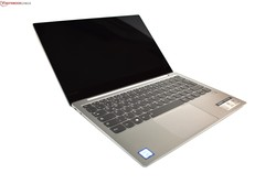 The Lenovo Yoga S730-13IWL / IdeaPad 730s-13IWL laptop review. Test device courtesy of Notebooksbilliger.de.