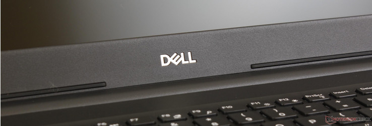 Dell Latitude 15 3590 (i7-8550U, Radeon 530) Laptop Review