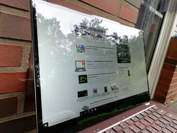 Jumper EZbook X3 Air in outdoor use