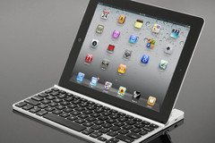 ZAGGKeys brings you a bluetooth keyboard for iPad and Android