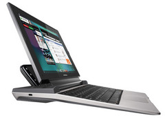 Motorola Lapdock 100 netbook powered by your Android smartphone