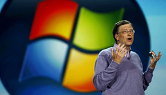 Bill Gates says Surface and other Windows 8 tablets can co-exist