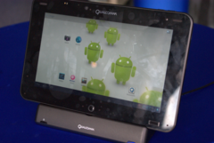 Qualcomm shows off Snapdragon-powered ICS tablet